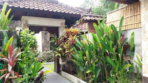 Vantage Point Villas Bali - Pintu masuk pribadi