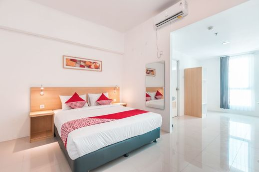 OYO 1170 Flagship Apartemen The Habitat Karawaci Tangerang - Bedroom