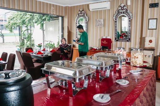 The Amrani Syariah Hotel Solo - restaurant