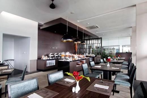 Aston Luwuk Hotel Banggai - Restaurant