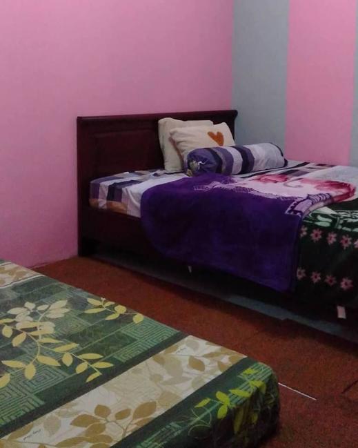 Homestay Candika Dieng Banjarnegara - Bedroom