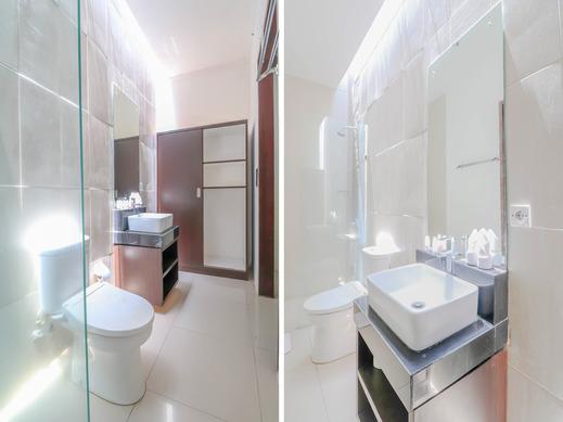 OYO 2316 The Light Bali Villas Bali - Bathroom