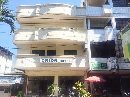 OYO 2568 Orion Hotel Manado - Facade