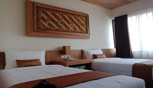 Parangraja Hotel Solo Solo - Room