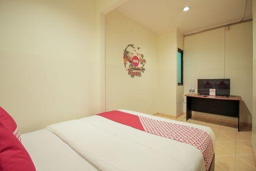 OYO 196 Horizone Residence Bandung - Bedroom