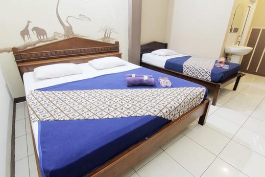 Hotel Monica Jogja - Room