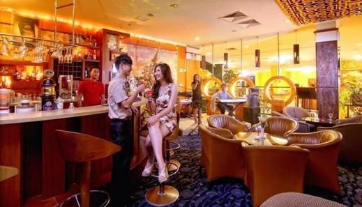 Golden View Hotel Batam - Interior