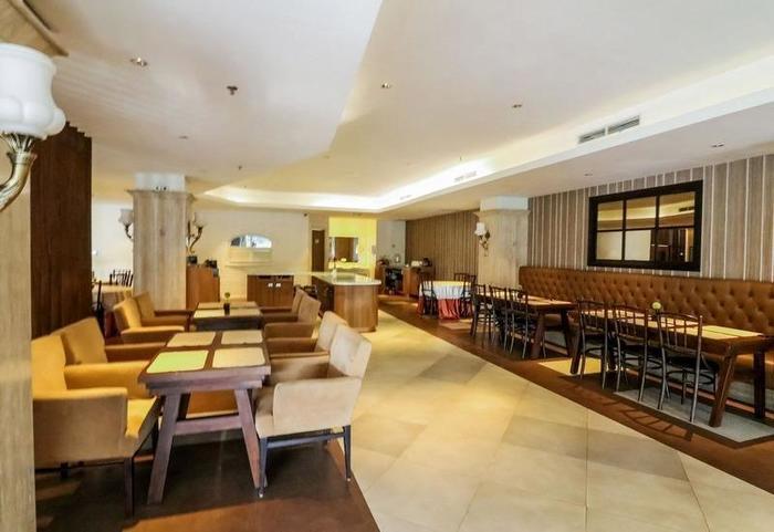 NIDA Rooms Bonto Manai 12 Makassar - Restoran