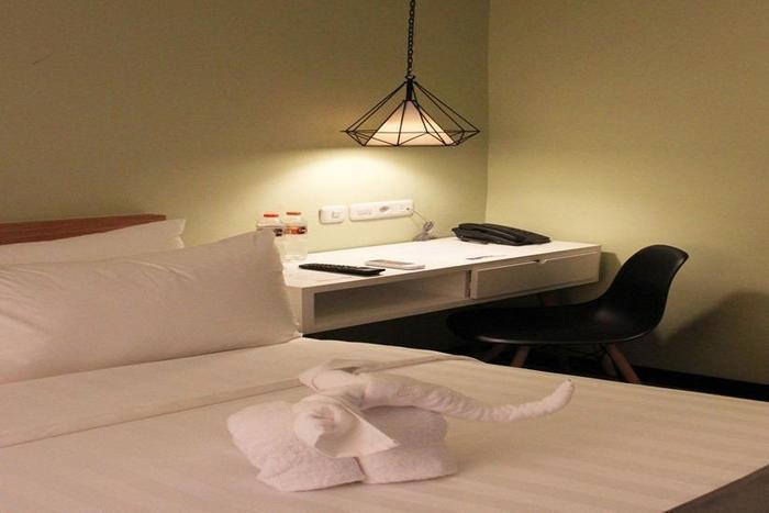 AllStay Hotel Yogyakarta - Kamar tamu