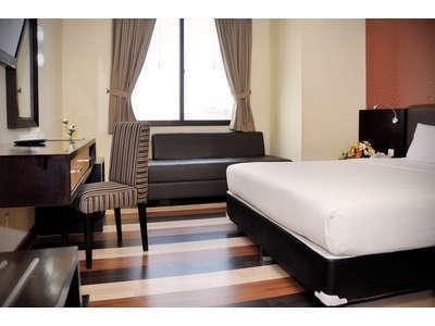 Hotel Pandanaran Semarang - Grand Deluxe Queen