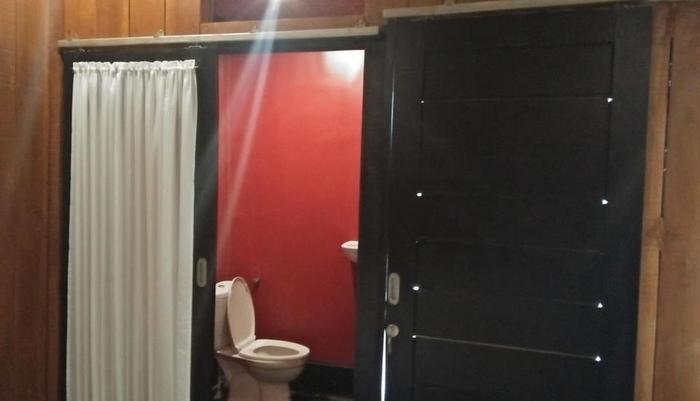 New Rudys Hotel Lombok - Kamar mandi