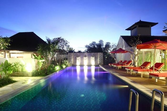 Ivory Resort Seminyak - Kolam Renang Utama