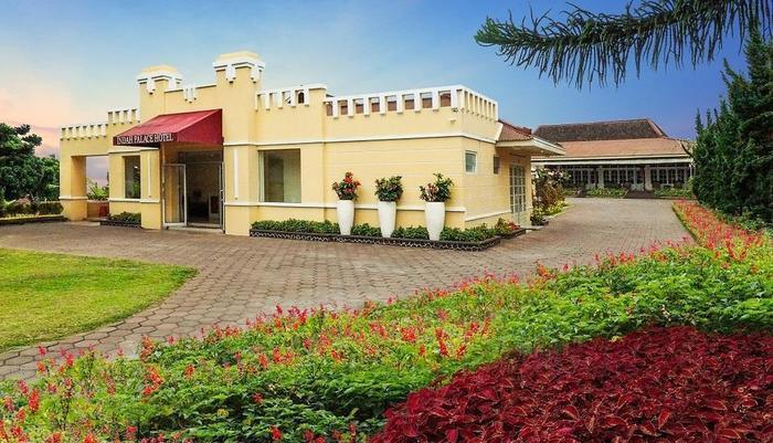 Hotel Indah Palace Tawangmangu - Pemandangan - Tawangmangu Hotel Indah Palace