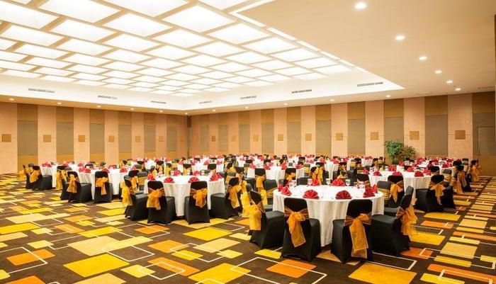 Lemo Hotel Tangerang - Ballroom