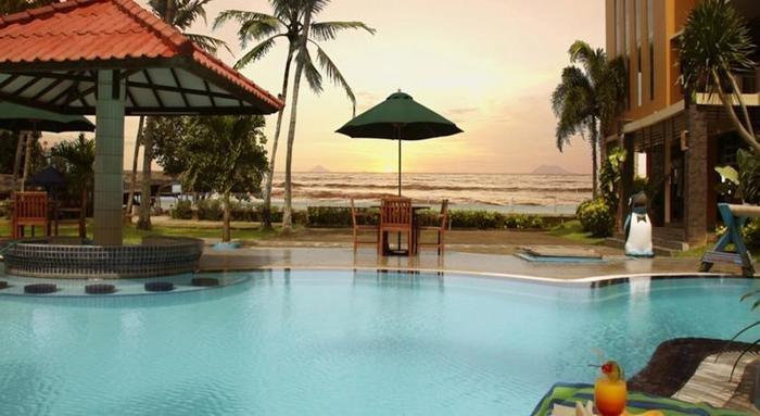 Hotel Jayakarta Anyer Serang - Kolam Renang