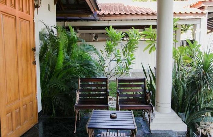 Santo Guest House Surabaya - Eksterior