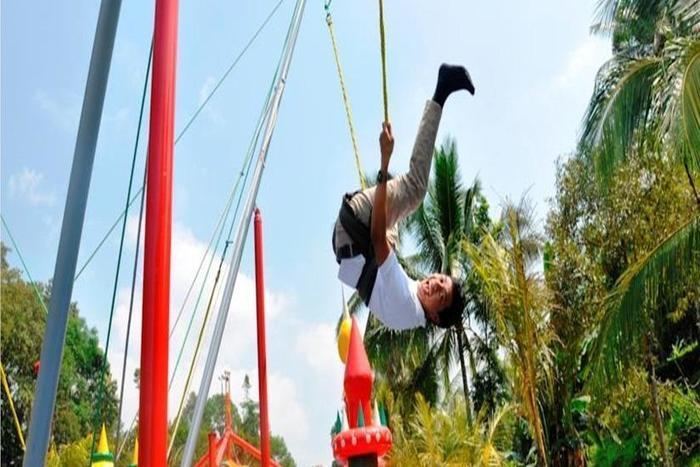 The Jhons Aquatic Resort Cianjur - Taman Bermain