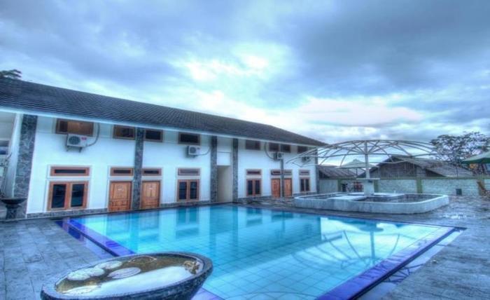 D'Bless Hotel Bogor - Kolam Renang
