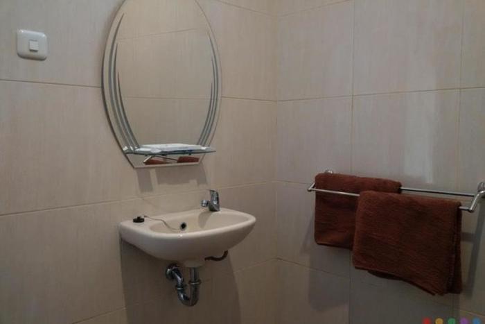 Hotel Pasuruan Pasuruan - Kamar Mandi