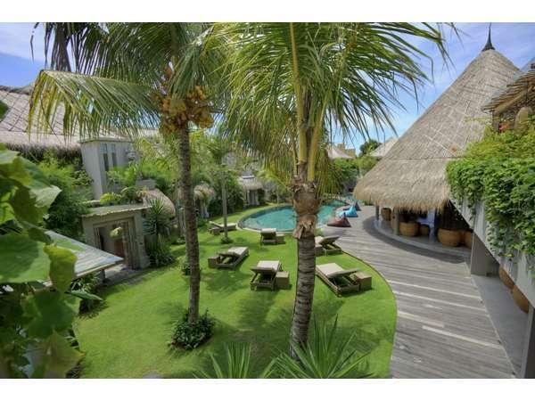 Blue Karma Hotel Bali - PemPintndangan Villa
