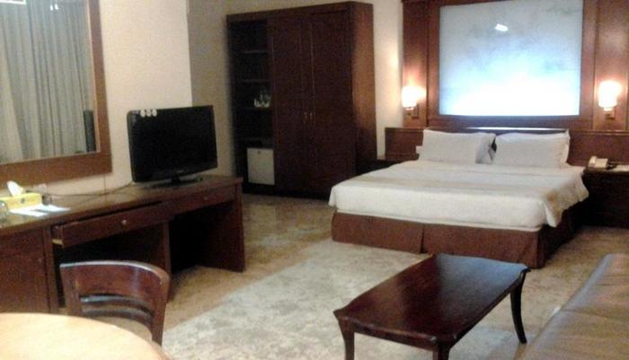 Hotel Satelit Surabaya - Honeymoon Suite