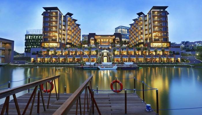 Aston Sentul Lake Resort & Conference Center Bogor - Tampilan Luar Hotel