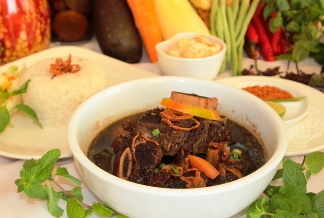 Hotel Aryaduta Makassar - Konro Soup