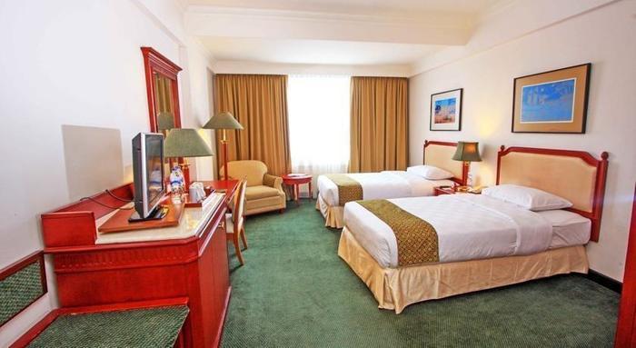 Hotel Aryaduta Makassar - Room