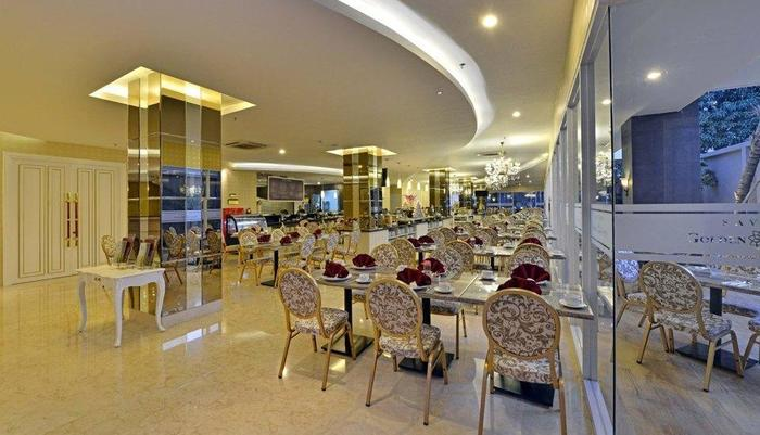 Savero Golden Flower Bogor - Restaurant