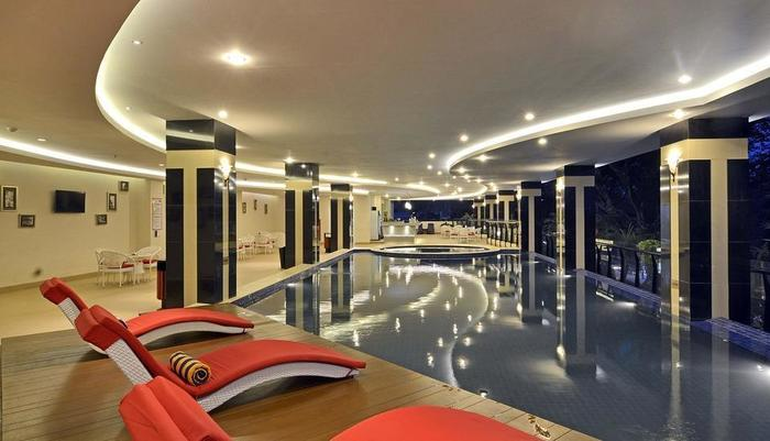 Grand Savero Hotel Bogor - Swimming Pool