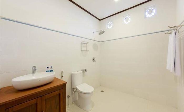 Mano Villa Seminyak - Kamar mandi
