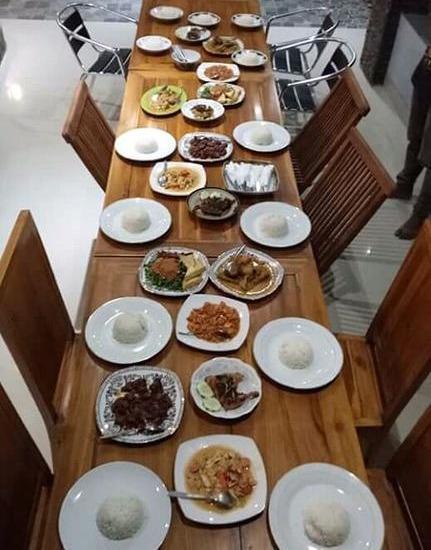 Ridho Malik Hotel Lombok - Restaurant