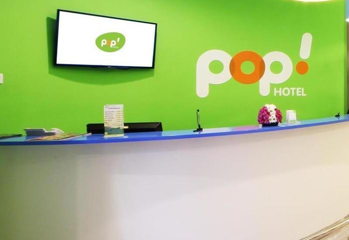 POP! Hotel Kelapa Gading - Reception