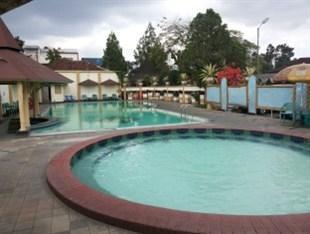 Hotel Crown Tasikmalaya -