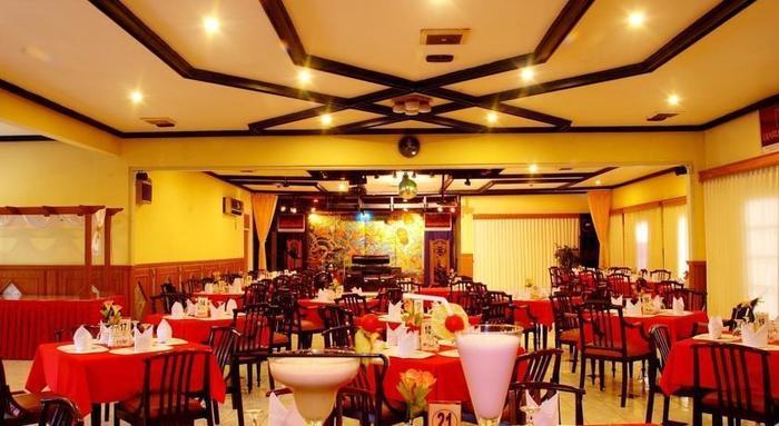 Hotel Crown Tasikmalaya - Ruang makan
