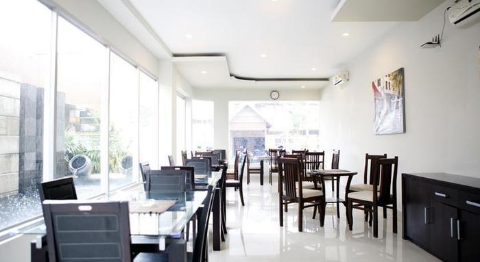 Hotel Toddopuli Mas Makassar - Ruang makan