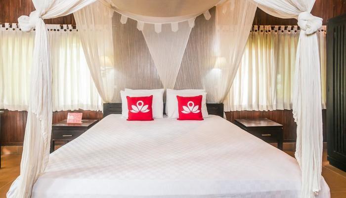 ZenRooms Ubud Penestanan Sayan - Tampak tempat tidur double