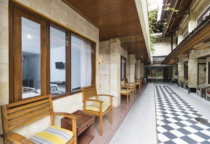 RedDoorz @Sanur Bali - Interior