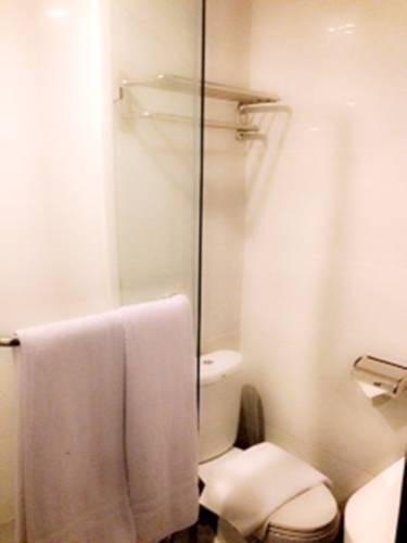 Hotel Maven Fatmawati - Kamar mandi