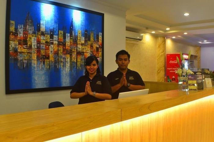 Hotel Maven Fatmawati - Resepsionis