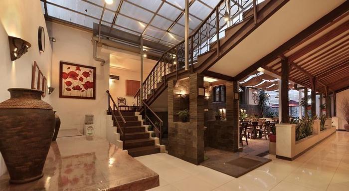 Hotel Riau Bandung - koridor