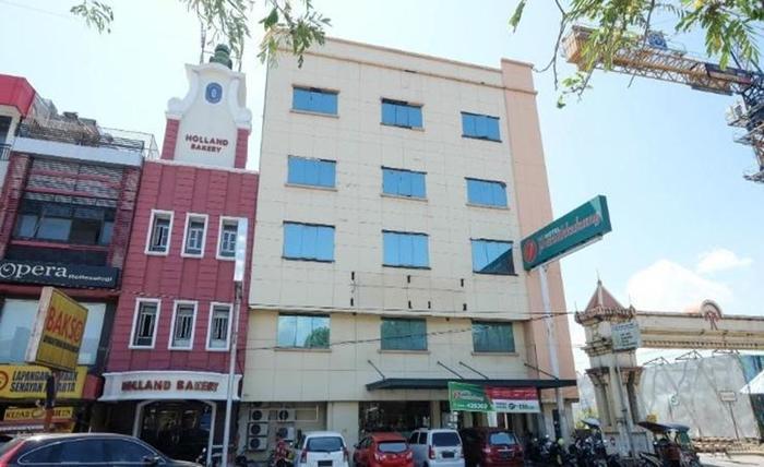 Hotel Panakkukang Makassar - Eksterior