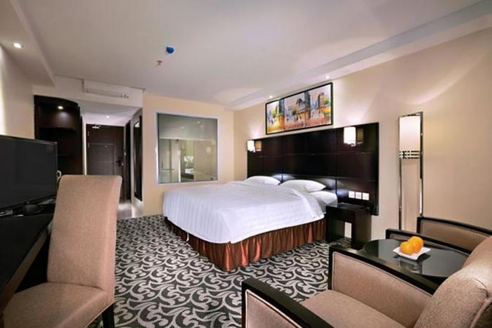 Aston Karimun Karimun - Executive Suite