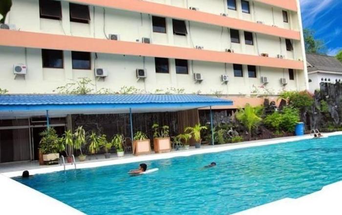 Hotel Sahid Kawanua Manado - Kolam Renang