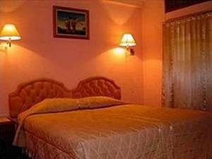 Hotel Komajaya Komaratih Karanganyar - Kamar tamu