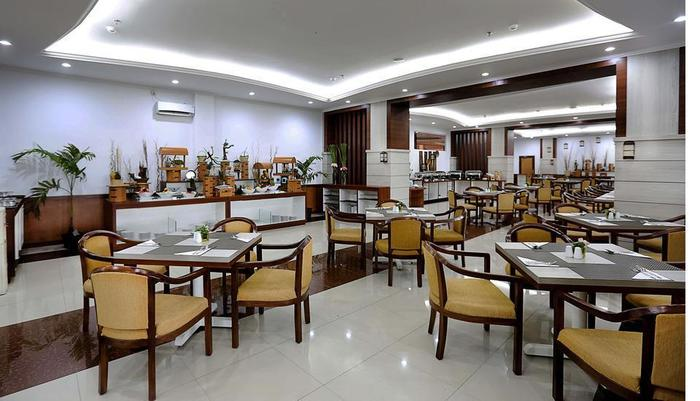 Grand Asrilia Hotel Convention & Restaurant Bandung - Restaurant