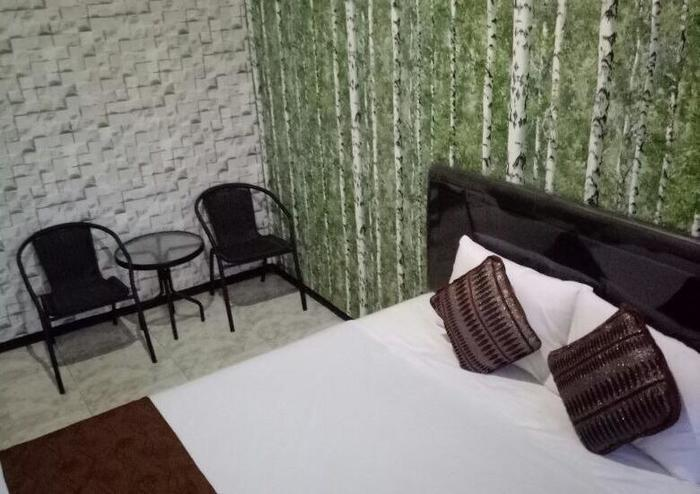 Family Guest House Malang - Room 6