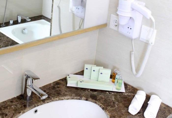 All Sedayu Kelapa Gading - Bathroom