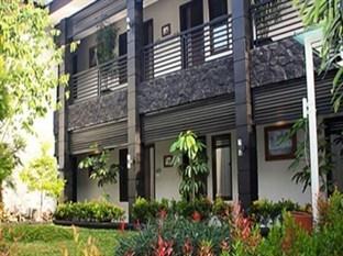 The Summit Siliwangi Hotel Bandung - Tampilan Luar