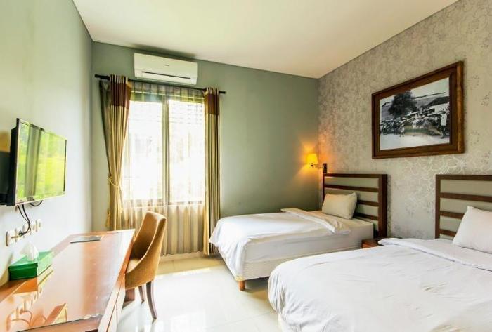 The Summit Siliwangi Hotel Bandung - Room